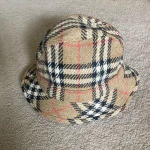 Auth Burberry Ltd Edition Bucket Hat - like new